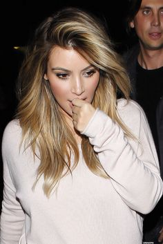 Pinterest: DEBORAHPRAHA ♥️ Kim kardashian 2014 blonde hair color, soft honey blonde with balayage #kimkardashian