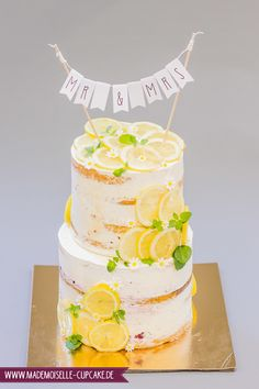 Naked Cake Zitrone - Mademoiselle Cupcake 4 Tier Wedding Cake, Wedding Cake Images, Wedding Cakes, Mademoiselle Cupcake, Unicorn Wedding, Cupcakes, Wedding Cake Decorations, Cake Pictures, Yellow Wedding