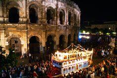 La Feria de Nîmes que l'on fait en famille ;-) Lire le témoignage de Cécile : http://www.sortie-famille-gard.com/la-feria-de-nimes/