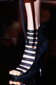 zapatos <3 Gucci