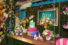 LIVIA IN WONDERLAND - ANTES DA FESTA