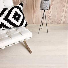 Boen Castle Eik Andante Live Pure White Hardwood Floors, Flooring, Pure White, Ottoman, Castle, Pure Products, Chair, Live, Modern