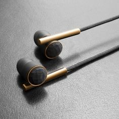 Fancy - Caeden Linea N°2 Earbuds Faceted Carbon & Gold