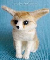 Needle felted Fennec fox by SaniAmaniCrafts