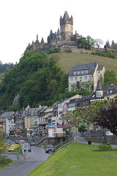 The castle overlooking Cochem in the Moselle Valley, Germany