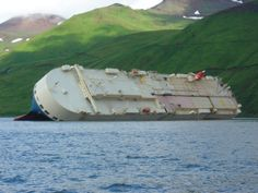 http://turnlol.com/images/2012/10/roll-shipwrecks-fresh-hd-wallpaper.jpg