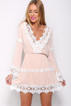 There is nothing more feminine than a lace trim dress! This style is perfect for party, dating and working. You may wear this dress in multiple times.