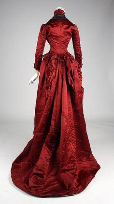 Dress, Dinner    Date:      late 1870s