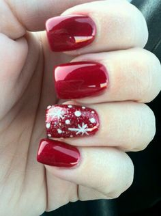 Today I am unfolding before you 18 easy & cute Christmas nail art designs, ideas & trends of do try these Xmas nails out and surprise your mates around. Cute Christmas Nails, Xmas Nails, Christmas Nail Art Designs, Holiday Nails, Red Nails, Christmas Ideas, Cherry Nails, Winter Christmas, Christmas Makeup