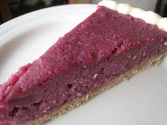 """むらさき芋のタルト   Das Rezept für diese Tarte stammt aus meinem Buch  """" Macrobiotic Sweets """" von Michiyo Asakura.  Die Rezepte aus dem Buch si..."""
