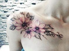 Ink Your Life & Tattoos Collarbone flower tattoo Collarbone flower tattoo Sexy Tattoos For Women, Shoulder Tattoos For Women, Tattoo Designs For Women, Flower Tattoo Designs, Flower Tattoos, Tattoo Floral, Vintage Floral Tattoos, Flower Shoulder Tattoos, Shoulder Cap Tattoo