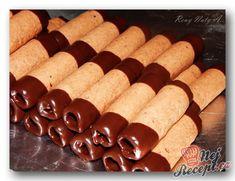 Chocolate Crinkle Cookies, Chocolate Crinkles, Chocolate Chip Cookie Dough, Mini Chocolate Chips, Chocolate Flavors, Chocolate Recipes, Cooking Chocolate, Vegan Chocolate, Xmas Food