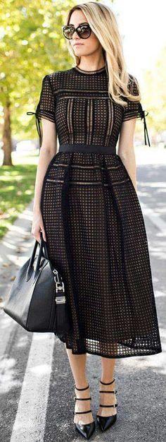 Blackout Eyelet Midi Dress Fall Inspo - Total Street Style Looks And Fashion Outfit Ideas Trendy Dresses, Fall Dresses, Cute Dresses, Beautiful Dresses, Casual Dresses, Midi Dresses For Work, Modest Dresses, Midi Skirts, Look Fashion