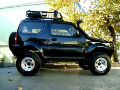 Suzuki jimny - new car? Jimny Suzuki, Suzuki Jimny Off Road, Suv 4x4, Jeep 4x4, Sidekick Suzuki, Mini 4x4, Best Off Road Vehicles, Daihatsu Terios, Little Truck