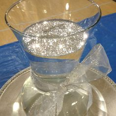 "Float glitter on top of water in a vase for a beautiful ""bling"" look! 60th Anniversary Parties, 60 Wedding Anniversary, Silver Anniversary, Diamond Anniversary, Sparkle Party, Bling Party Decor, Bling Wedding Decorations, Diamond Decorations, Diamond Theme"