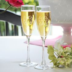Vine Monogram Toasting Flutes are perfect for your wedding reception. Monogram Toasting Glasses are engraved with the couple's monogram or last name initial. Wedding Toasting Glasses, Wedding Flutes, Toasting Flutes, Champagne Flutes, Wedding Reception, Wedding Ideas, Wedding Favors, Wedding Champagne, Wedding Stuff