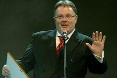 Juszt László: Kiderülhet, hogy a Fidesz nem is nyerte meg a választást! Suit Jacket, Suits, Jackets, Fashion, Down Jackets, Moda, Fashion Styles, Suit, Jacket