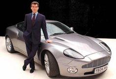 The Top Ten Bond Cars - 8. Aston Martin V12 Vanquish