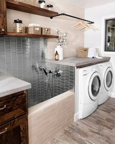 38 Functional And Stylish Laundry Room Design Ideas To Inspire. 33 Functional And Stylish Laundry Room Design Ideas To Inspire. Have a look at this incredible collection of laundry room design ideas that are functional, stylish and full of inspiration. Washroom Design, Laundry Room Design, Home Room Design, Bath Design, Tile Design, Dream Home Design, Home Interior Design, Gym Interior, Interior Garden