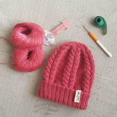 Потянуло на #шапули  Состав: кид мохер, меринос, нейлон. #knit #knitstagram…