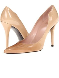 Stuart Weitzman at Zappos. Free shipping, free returns, more happiness!