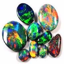 Imagini pentru www.cine stabileste valoarea pietrelor pretioase