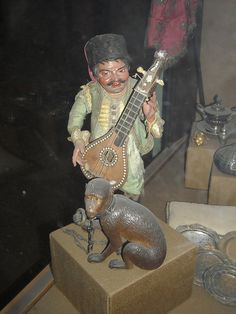 Figure of musician for neapolitan crib 18th century - Naples, San Martino Museum by * Karl *, via Flickr