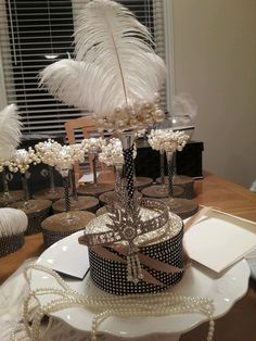 Great Gatsby centerpieces!!