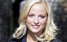 Ex-Miss België pronkt twee maanden na bevalling alweer met s... - Gazet van Antwerpen