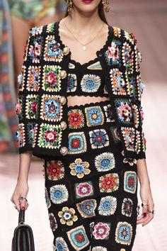 Dolce & Gabbana at Milan Fashion Week Spring 2019 - Details Runway Photos Knitti. - Dolce & Gabbana at Milan Fashion Week Spring 2019 – Details Runway Photos Knitting PatternsCroche - Milan Fashion Weeks, New York Fashion, Runway Fashion, Spring Fashion, Boho Fashion, Fashion Trends, Trending Fashion, Dress Fashion, Fashion Inspiration
