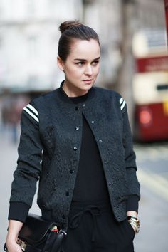 (via Style Scrapbook: LONDON) These letterman-esque jackets are my favorite trend for this fall. Street Style Stockholm, Body Women, Style Scrapbook, Look Fashion, Womens Fashion, Mein Style, Sporty Chic, Street Chic, Stylish Outfits