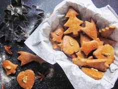 Vianočný špeciál: 10x najlepšie vianočné pečivo bez výčitiek svedomia Gourmet Desserts, Plated Desserts, Dessert Recipes, French Pastries, Russian Recipes, Molecular Gastronomy, Sashimi, Culinary Arts, Food Plating