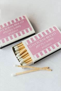 custom wedding matches #weddingfavors @weddingchicks