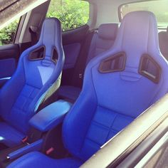 @t15jed has these Recaro CS seats for sale along with a Mk6 golf rear bench, currently all fitted ...