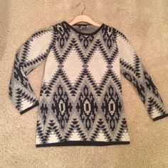 Tribal print sweater NWOT never worn great sweater from bacci. Foil gold threading detail black and grey bacci Sweaters