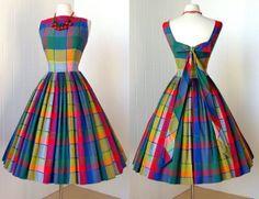 vintage pin-up colorful dress Stylish Dresses For Girls, Stylish Dress Designs, Frocks For Girls, Designs For Dresses, Girls Dresses, Girls Frock Design, Long Dress Design, Frock Fashion, Indian Fashion Dresses