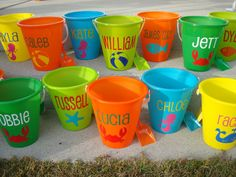 Personalized beach buckets $8 each!    Perfect for Summer trips to the beach and birthday party favors Beach Gift Basket, Beach Party Favors, Party Gifts, Wedding Favors, Plastic Beach, Pail Bucket, Beach Bucket, Beach Gifts, Summer Birthday