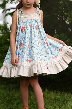 Keep your young one seem like a queen of these cute and colorful baby girl dresses. baby girl dresses for wedding Little Girl Dress Patterns, Dress Sewing Patterns, Skirt Patterns, Coat Patterns, Blouse Patterns, Dress Pattern Free, Toddler Dress Patterns, Pants Pattern, Clothes Patterns
