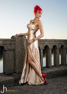 #redhair #promdress #dress #red #shoes #jewelry #bitmod #model #photography #dam #makeup