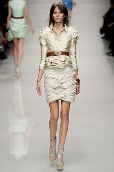 Burberry Prorsum Spring 2010 Ready-to-Wear Collection Slideshow on Style.com