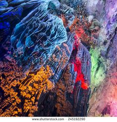 Yangshuoin-guilin-china-caves