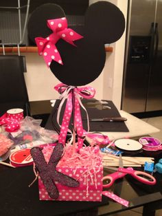 Minnie Mouse and Polka Dot Center Piece