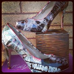 100 Gifts for Zombie Fanatics - From Zombified Messenger Bags to Rotting Undead Slip-Ons (TOPLIST)