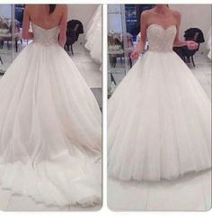 Big tulle wedding dress