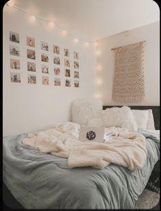 Cute Bedroom Decor, Bedroom Decor For Teen Girls, Teen Room Decor, Room Ideas Bedroom, Small Room Bedroom, Decor Diy, Diy Bedroom, Bedroom Inspo, Decor Ideas