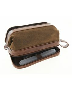 A guy's essential! Classic travel kit #SteinMart
