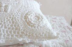 white crochet  I LOVE PURE WHITE CROCHET!!!
