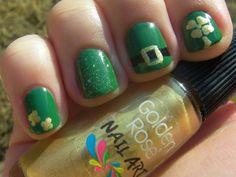 St. Patrick's Day Nail Art - Manicure check out www.MyNailPolishObsession.com for more nail art ideas.