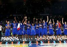 Una marsellesa improvisada, un selfie bronceado, cubos de hielo y mucho más. Así fue la fiesta de Francia  (Vídeo)  #baloncesto #basket #basketbol #basquetbol #kiaenzona #equipo #deportes #pasion #competitividad #recuperacion #lucha #esfuerzo #sacrificio #honor #amigos #sentimiento #amor #pelota #cancha #publico #aficion #pasion #vida #estadisticas #basketfem #nba