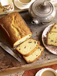 he inspiration for this chocolate and orange tea loaf recipe comes from the jaffa cake with its wonderful mixture of marmalade, dark chocolate and sponge. A winner for elevenses or afternoon tea Loaf Recipes, Baking Recipes, Cake Recipes, Baking Ideas, Chocolate Orange, Tea Loaf, Afternoon Tea Recipes, Jaffa Cake, Orange Tea